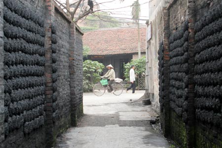 Handicraft Villages in the Red River Delta