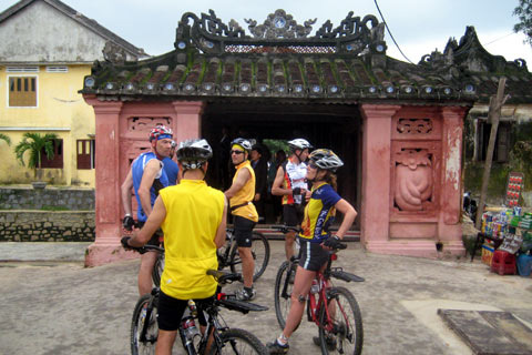 Cycling the Scenic Coast (Hue to Hoi An)
